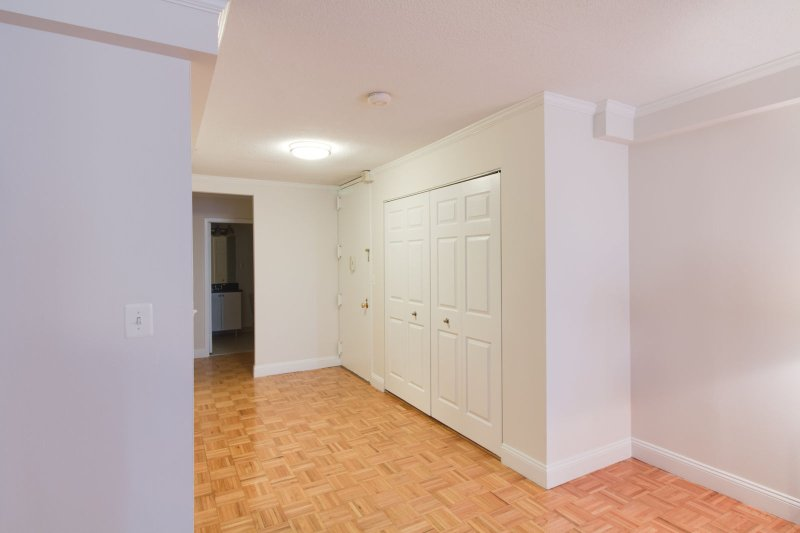 Stay Alfred Boston Vacation Rental Hallway