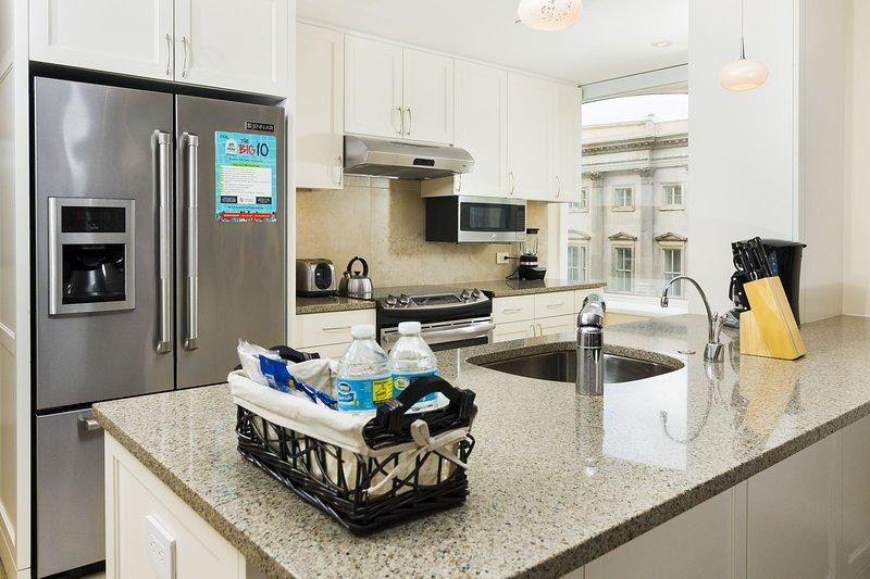 Stay Alfred Washington D.C. Vacation Rentals Kitchen