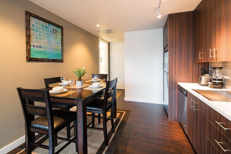 Stay Alfred Portland Vacation Rentals Kitchen