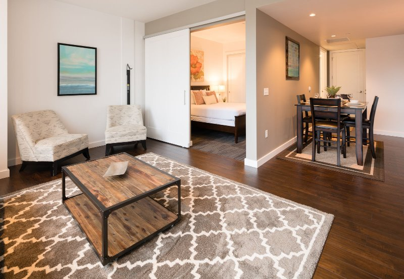 Stay Alfred Portland Vacation Rentals Living Room