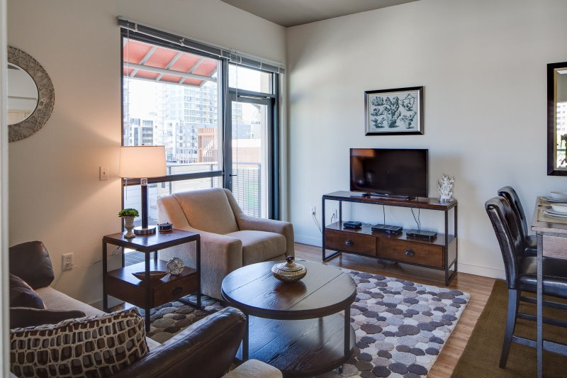 Stay Alfred San Diego Vacation Rentals Living Room