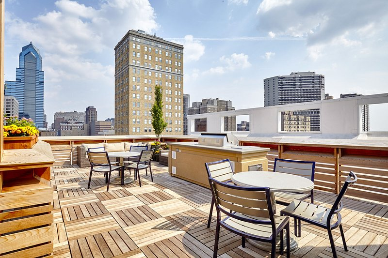 Stay Alfred New Orleans Vacation Rental Rooftop Patio