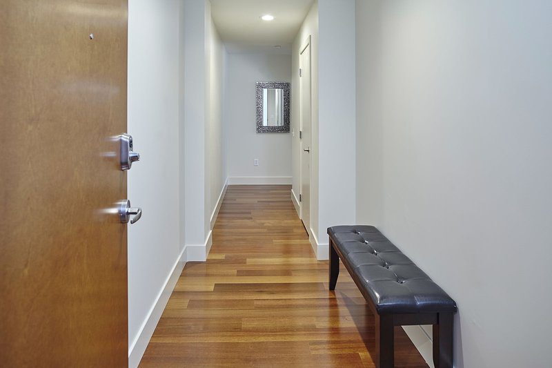Stay Alfred New Orleans Vacation Rental Hallway
