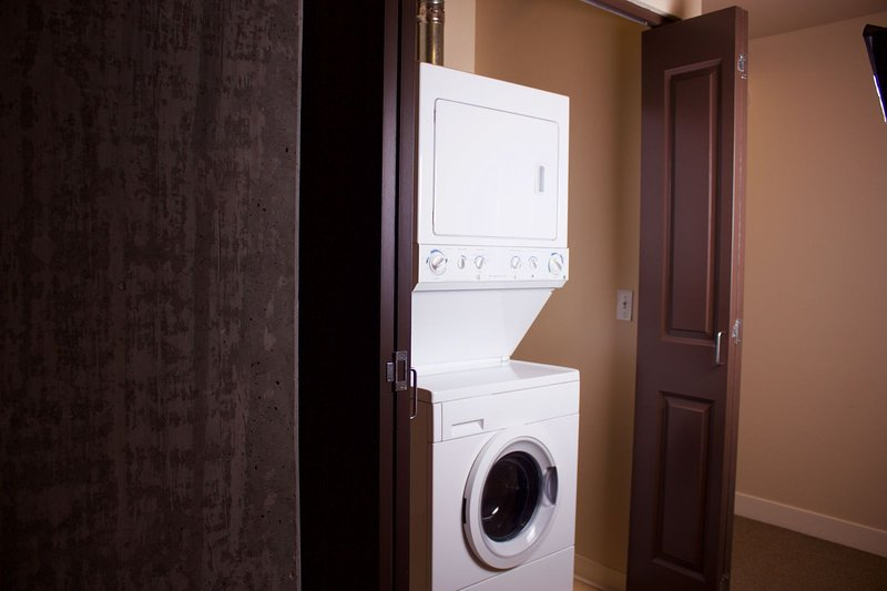 Stay Alfred Portland Vacation Rentals In Unit Washer & Dryer