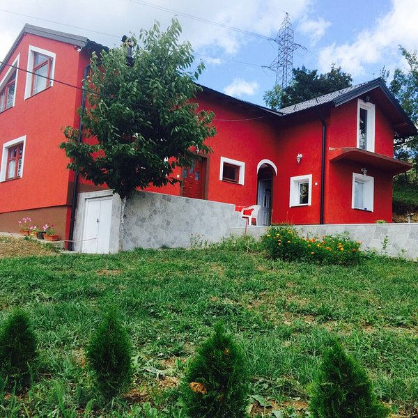 Entire Building, holiday rental in Semizovac