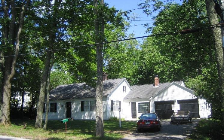 Estabrooke Cottage, in the Heart of the Village of Castine, vacation rental in Brooksville