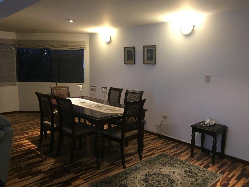 ALQUILER DEPARTAMENTO PARA CONVENCIÓN MINERA PERUMIN 2017, vacation rental in Arequipa