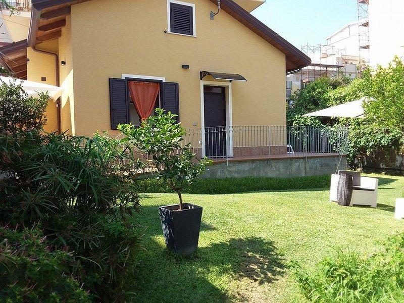 Villa Lilla a 20m dal mare, ideale per Soggiorni Balneari e ...
