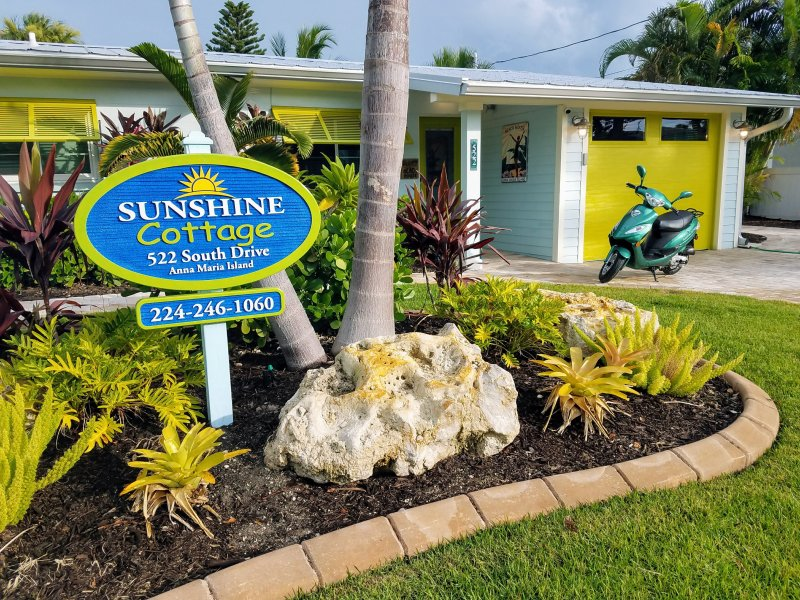 Sunshine Cottage is the most convenient property on the island...
