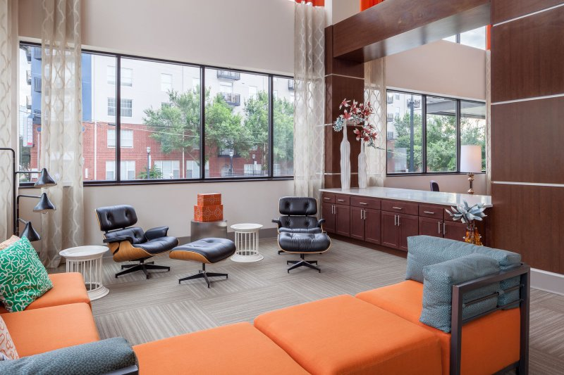 Stay Alfred on Ponce De Leon Avenue Community Lounge, complete with beautiful art and natural light.