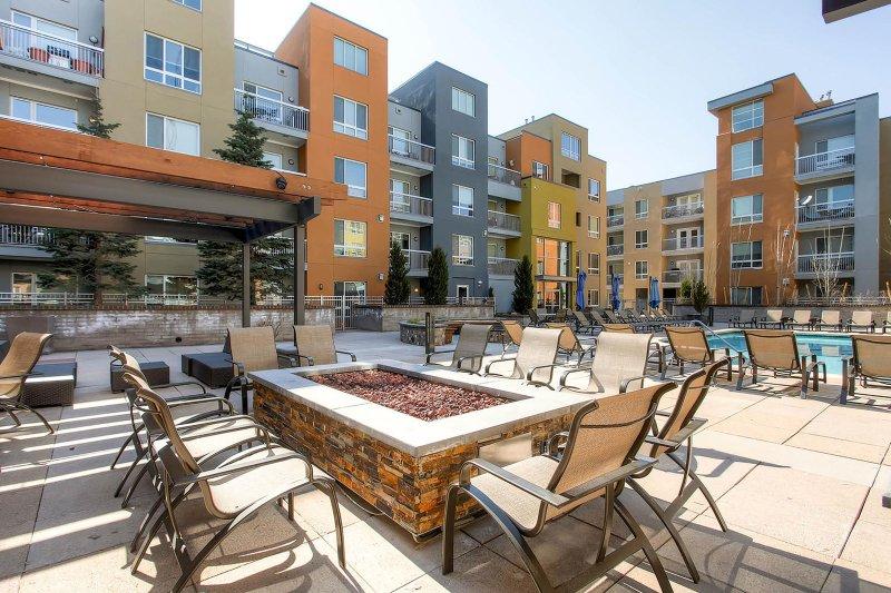 Stay Alfred Denver Vacation Rental Community Patio
