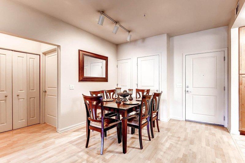 Blijf Alfred Denver Vakantiewoning Dining Room