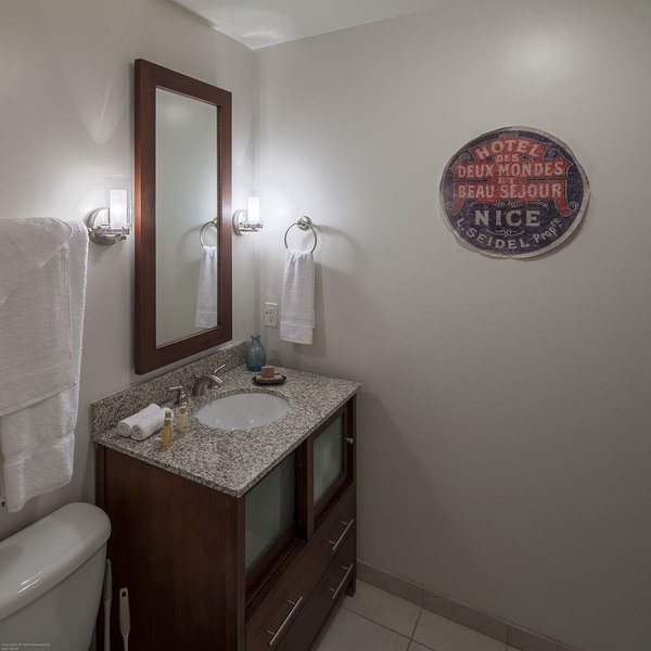 Stay Alfred Memphis Vacation Rental Bagno