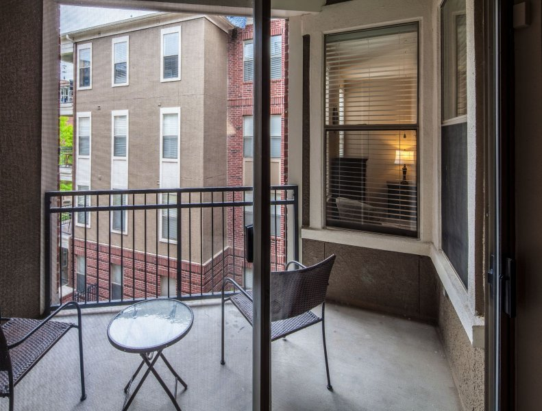 Stay Alfred Memphis Vacation Rental Balcony