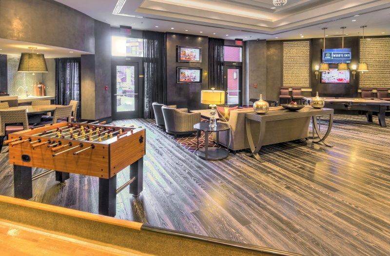 Stay Alfred Washington D.C. Vacation Rentals Lobby