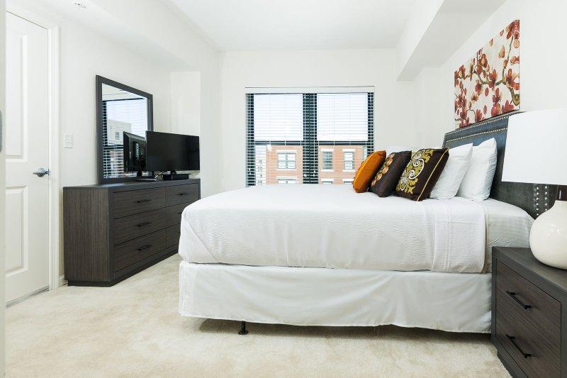 Stay Alfred Washington D.C. Vacation Rentals Bedroom