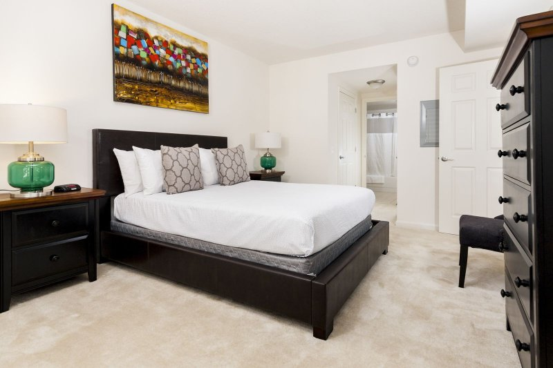 Stay Alfred Washington D.C. Vacation Rentals Bedroom
