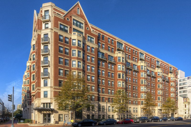 Stay Alfred Washington D.C. Vacation Rentals Building Exterior