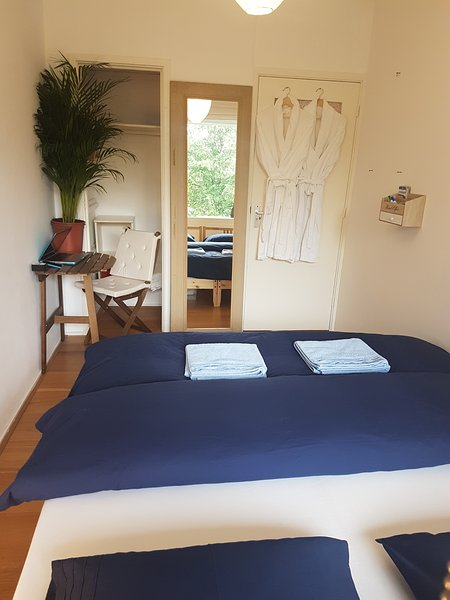 Relaxing private,on 3th floor,, holiday rental in Baambrugge
