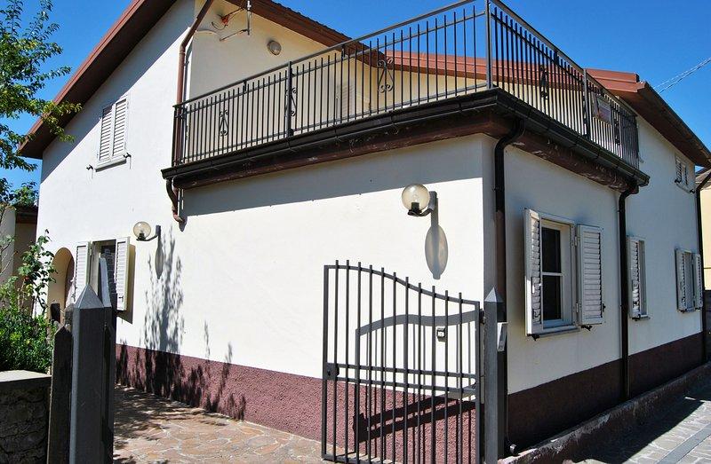 Casa Relax nel Parco del Pollino - San Severino Lucano (PZ), location de vacances à Noepoli