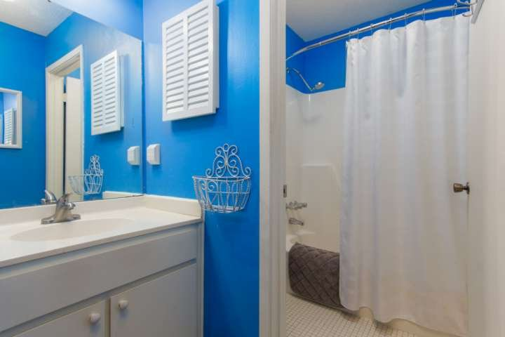 Large bathroom in the master bedroom suite