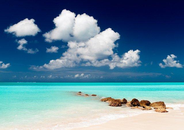 LUXURY RENTALS~ Grand Floridian Beach House~ Beach views, Olde Naples, location de vacances à Naples