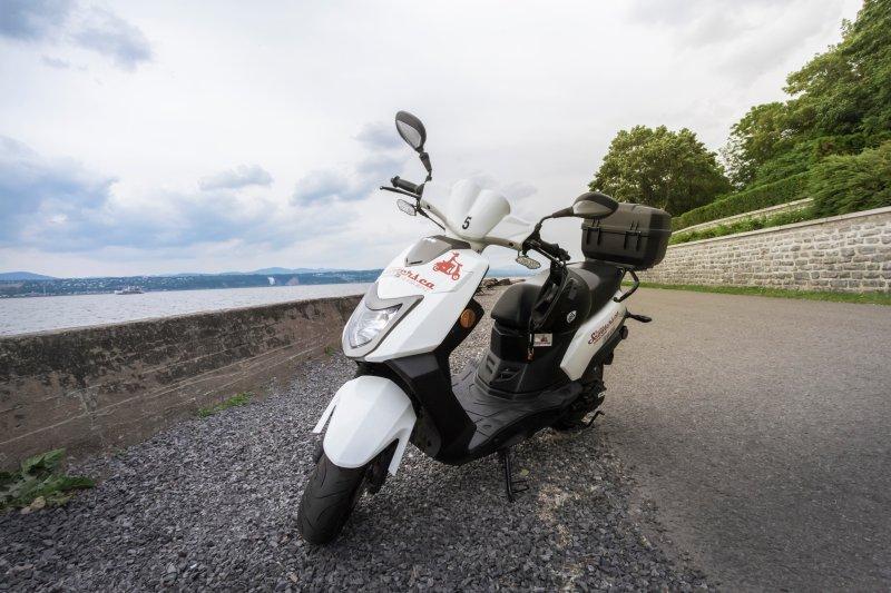 Prenota il tuo scooter in linea a Quebec Original Tours e ...