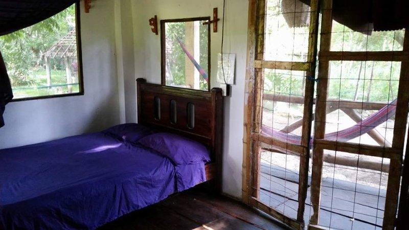 Cabañas Toloque's Bamboo en medio de la Selva, location de vacances à Chiapas
