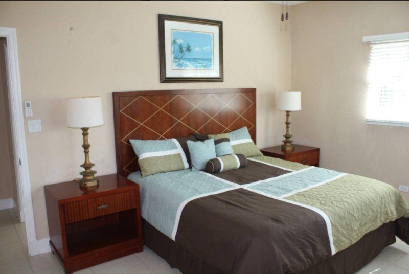 Gabrielle's Court apt #2, vacation rental in Nassau