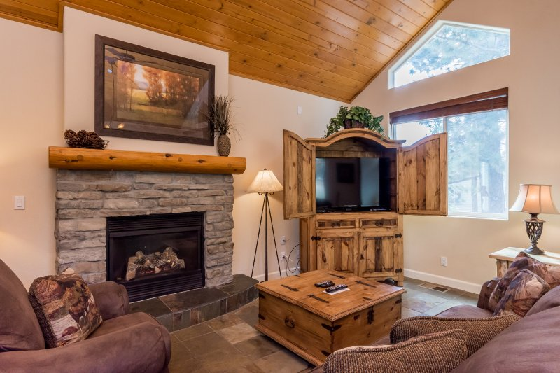 Living Room, Gas Fireplace, Sofa Chair/Couch, Flat Screen TV with Smart Blue Ray Player