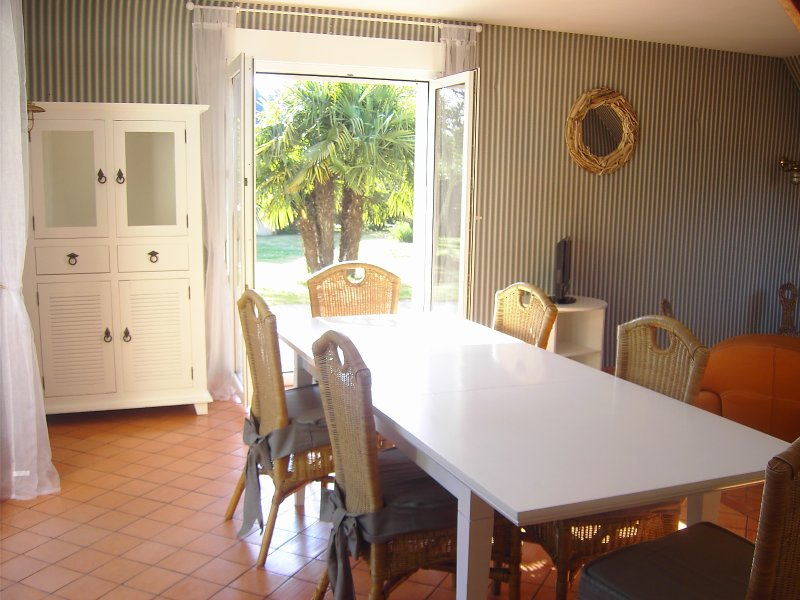 Maison bord de mer Saint-pair-sur-mer, vacation rental in Saint-Pair-sur-Mer