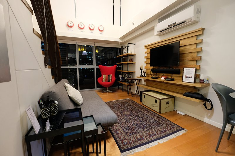 16f Makati Designer New York Style Loft Has Cable Satellite Tv And Air Conditioning Updated 2021 Tripadvisor Makati Vacation Rental
