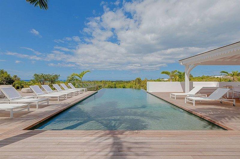 Villa Always... 6BR luxury vacation rental, Terres Basses, St Martin