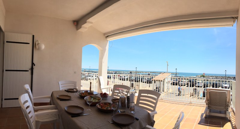Big terrace with panoramic sea view at 180°