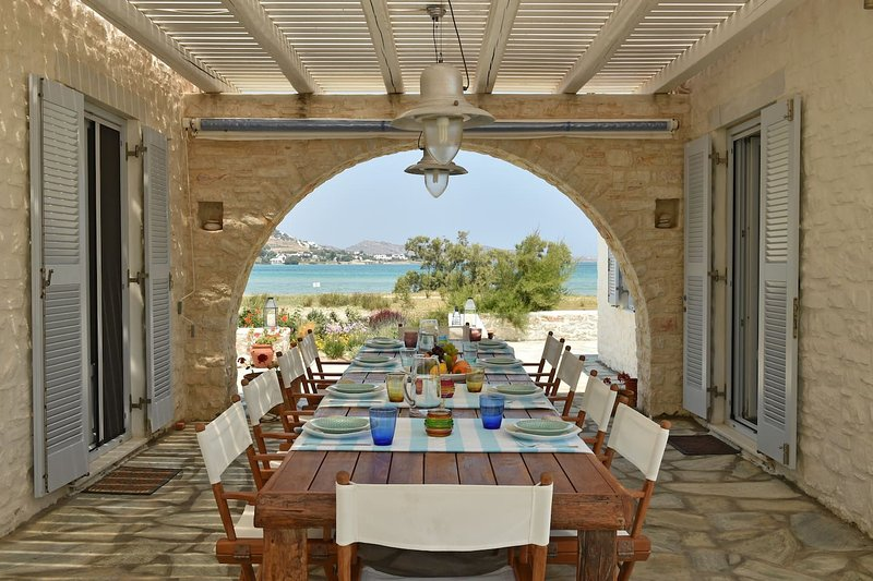 Private Beachfront Home Naoussa, vacation rental in Livadia