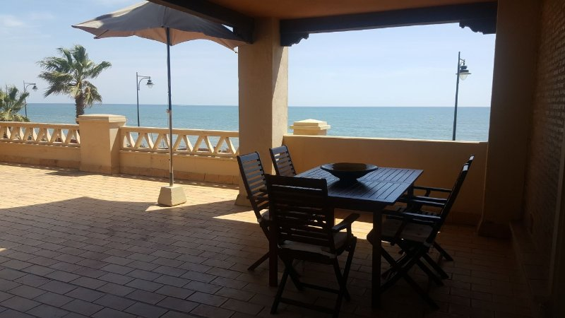 TOP APARTMENT BEACH AND GOLF, aluguéis de temporada em Ayamonte