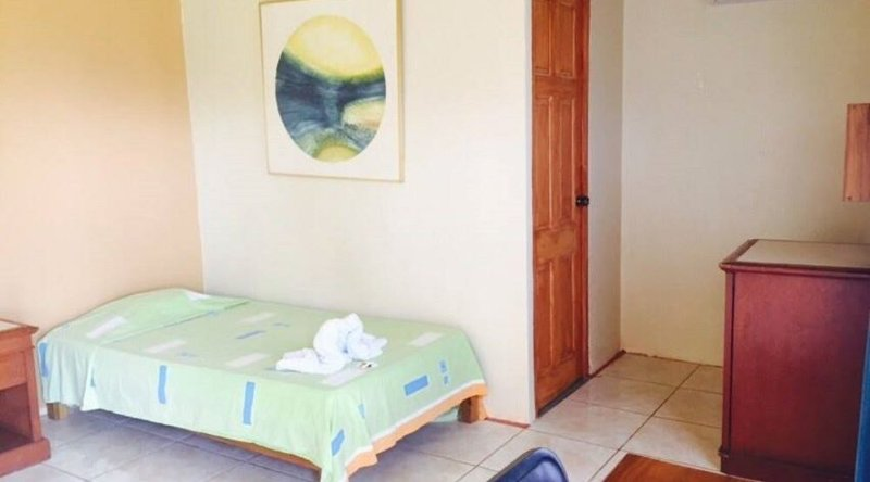 Hotel del Bosque - Standard Room 3, holiday rental in Quesada