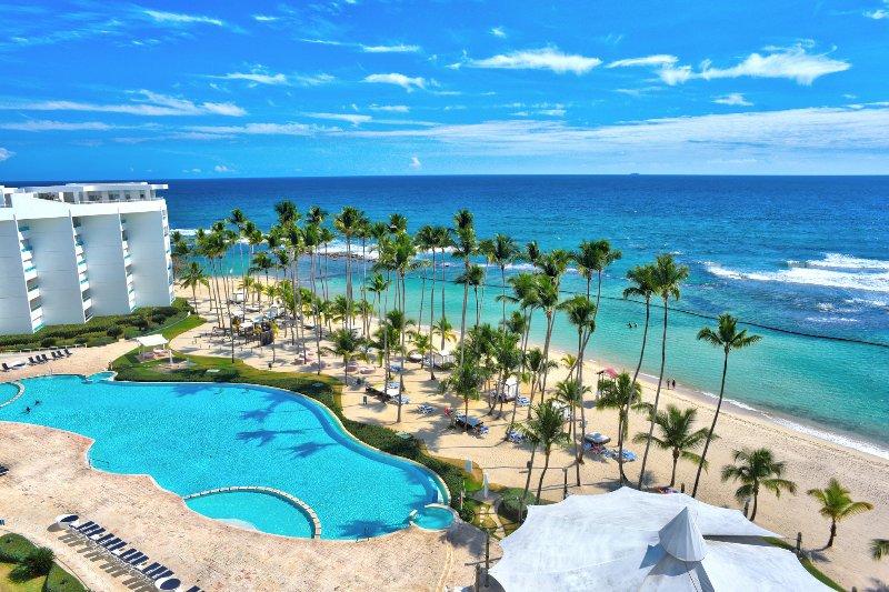 Scenic Oceanfront Three Bedrooms Apartment (528), vacation rental in Juan Dolio