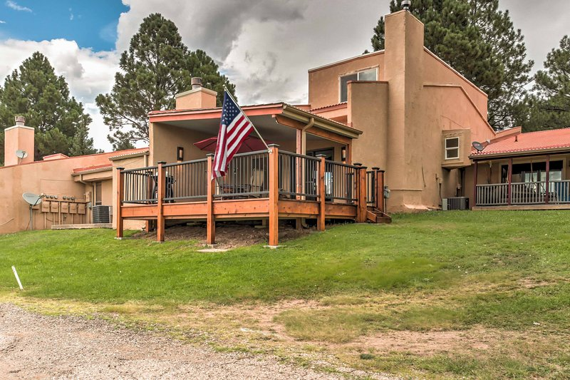 Elevate your Ruidoso getaway at this 3-bedroom, 2-bath vacation rental condo!