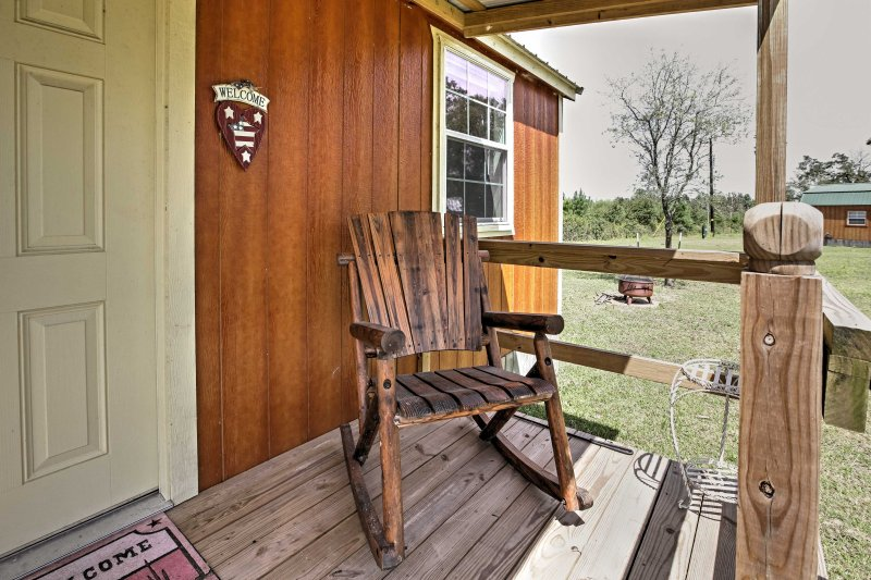 This cabin is nestled on a beautiful farm area for a revitalizing vacation.