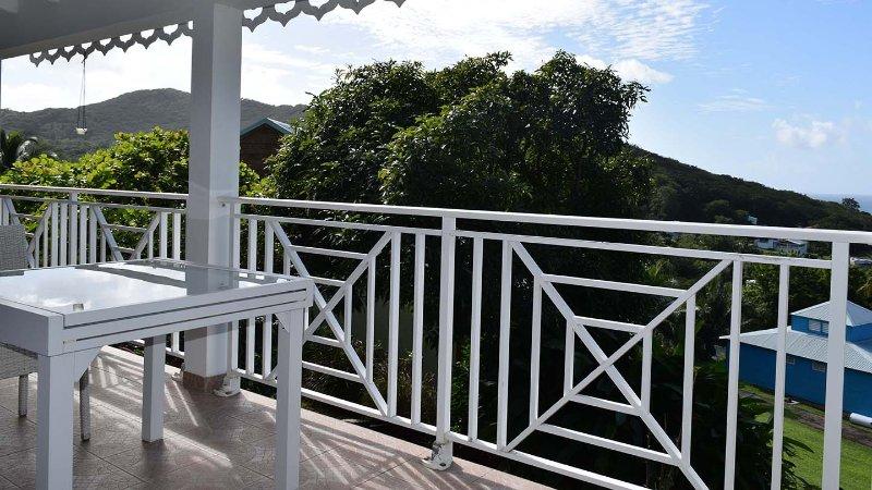 terraza con vista al jardín
