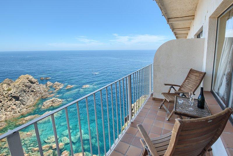 Terrace overlooking the Medes Islands.
