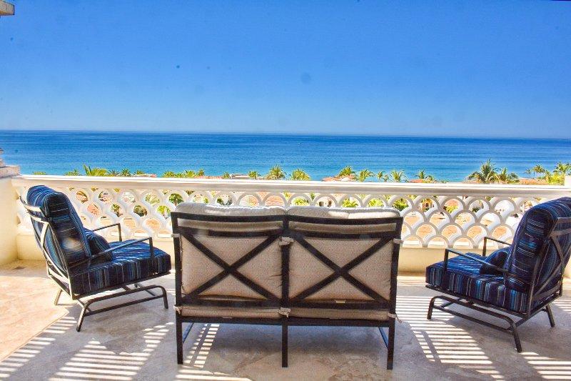 Gorgeous new 3BD PH with incredible views!!!, vacation rental in Boca de la Vinorama