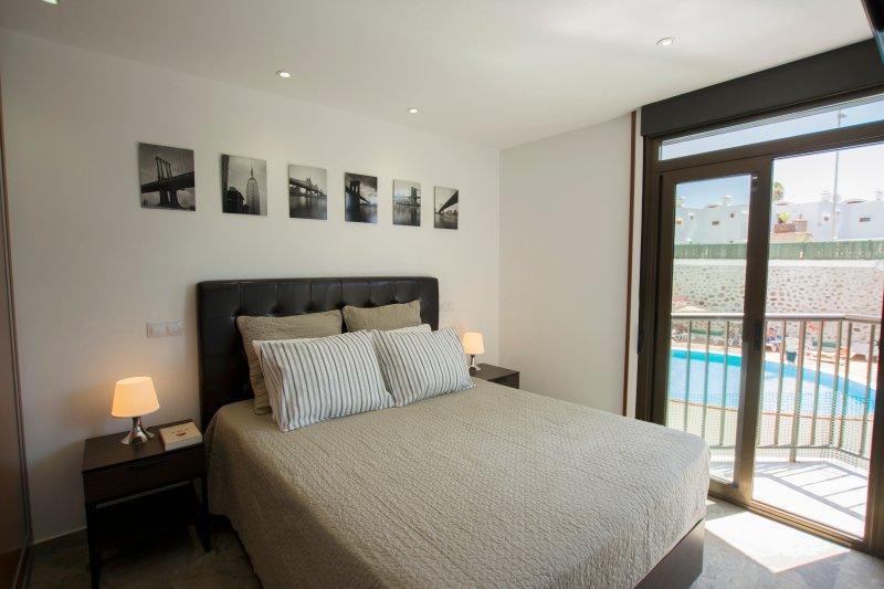 Apartamento Deluxe en Playa del Inglés + Wifi + Movistar fusión TV + Parking – semesterbostad i Playa del Inglés