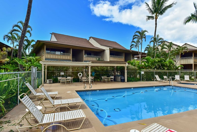 Take a dip in the community pool to cool off during your stay at this 1-bedroom, 1-bathroom vacation rental condo in Kihei!
