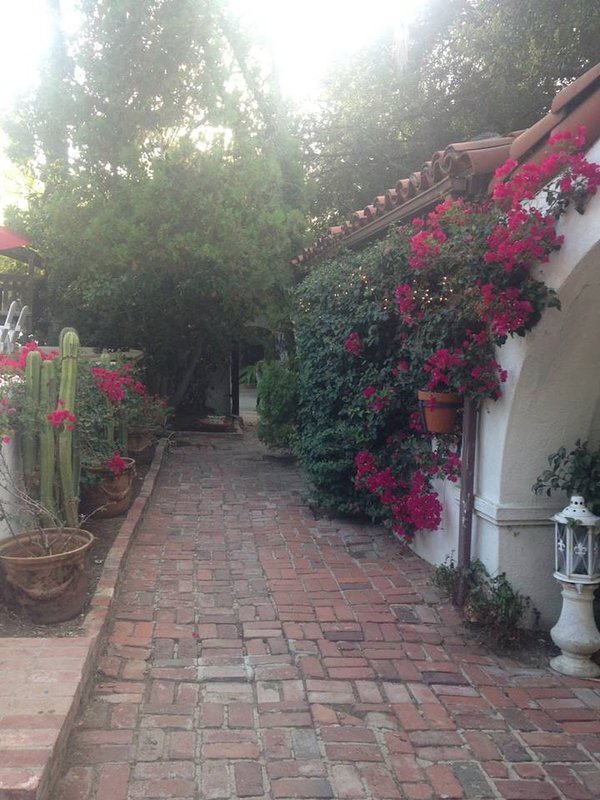Cottage At Laurel Canyon Mission Pet Friendly Updated