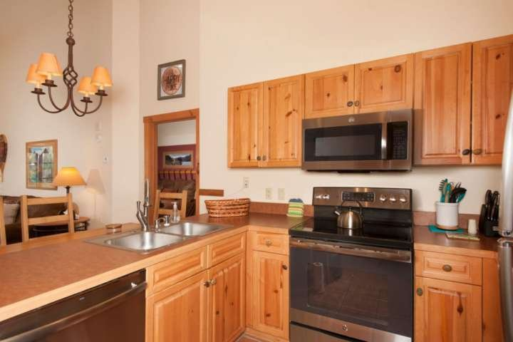 All New Appliances In A Fully Stocked Kitchen
