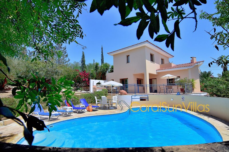 APOLLON 2 bedrm Beautiful villa in Prime Location of Coral Bay - Large Pool, vacation rental in Peyia