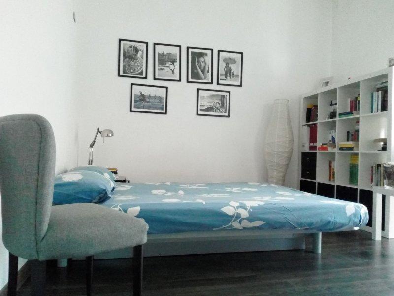 Monolocale Casa Vacanze\ Sicily guest house, vacation rental in Naro