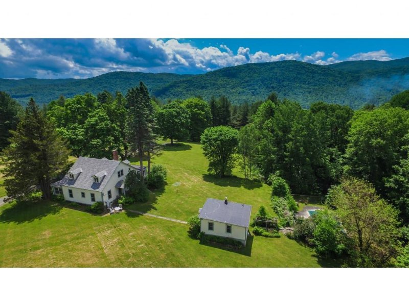 Lorch's Hill: Secluded Vacation Home Located on 140 Acres!